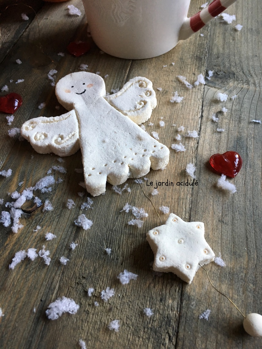 salt-dough-christ-mas-ornaments-1