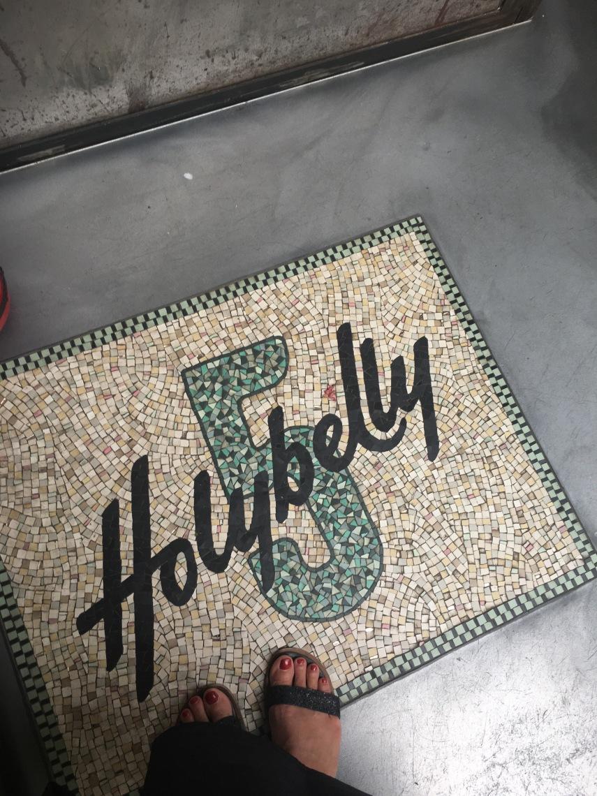 Hollybelly5