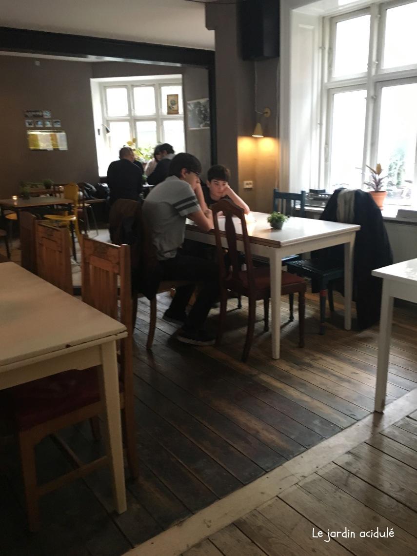 Gonzo café 6.jpg