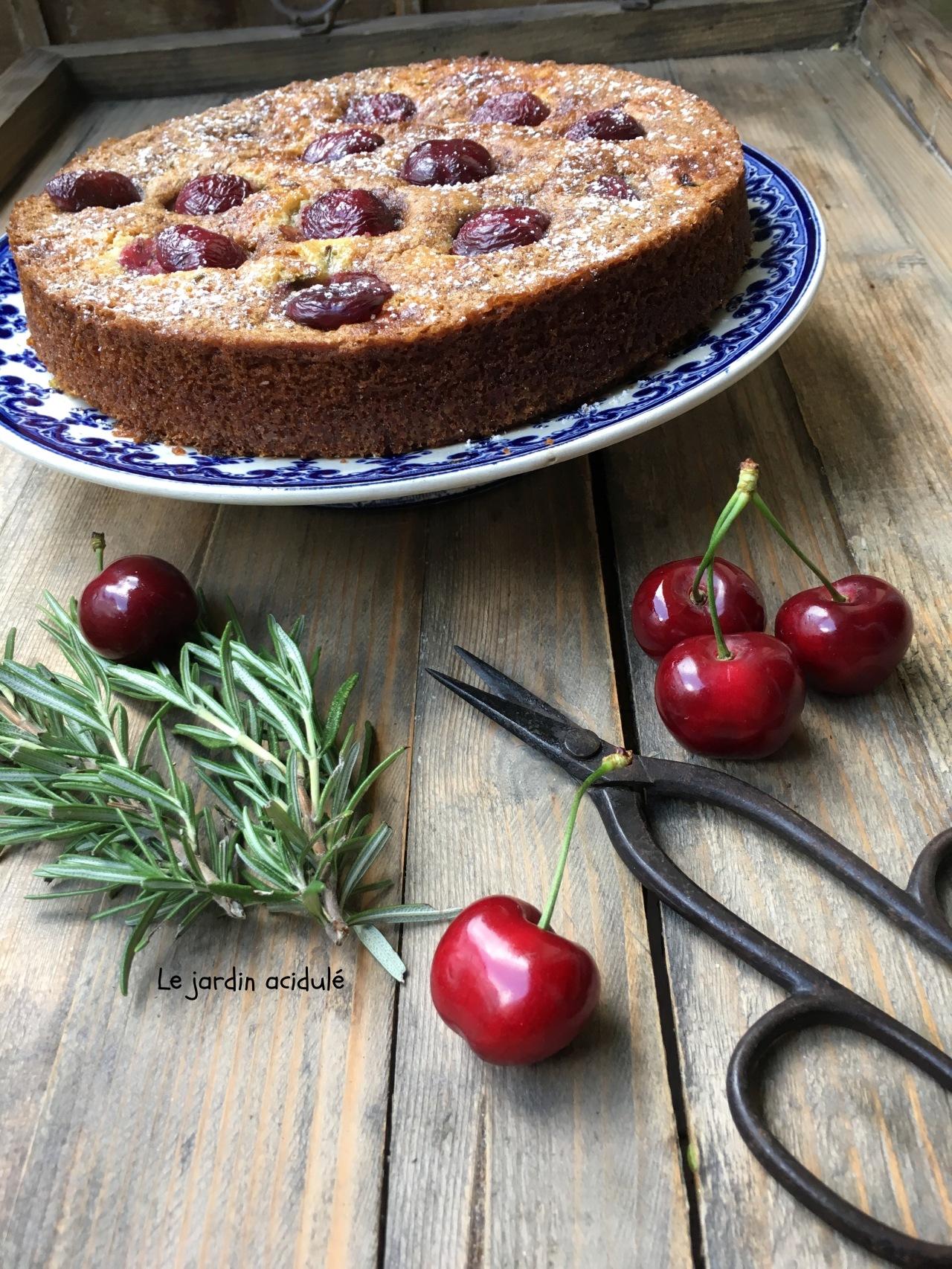 Gâteau huile d'olive cerises romarain 7